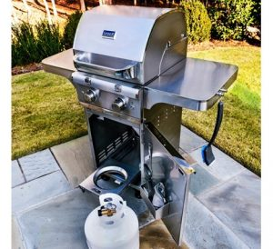 grilling safety tips - check for gas leaks