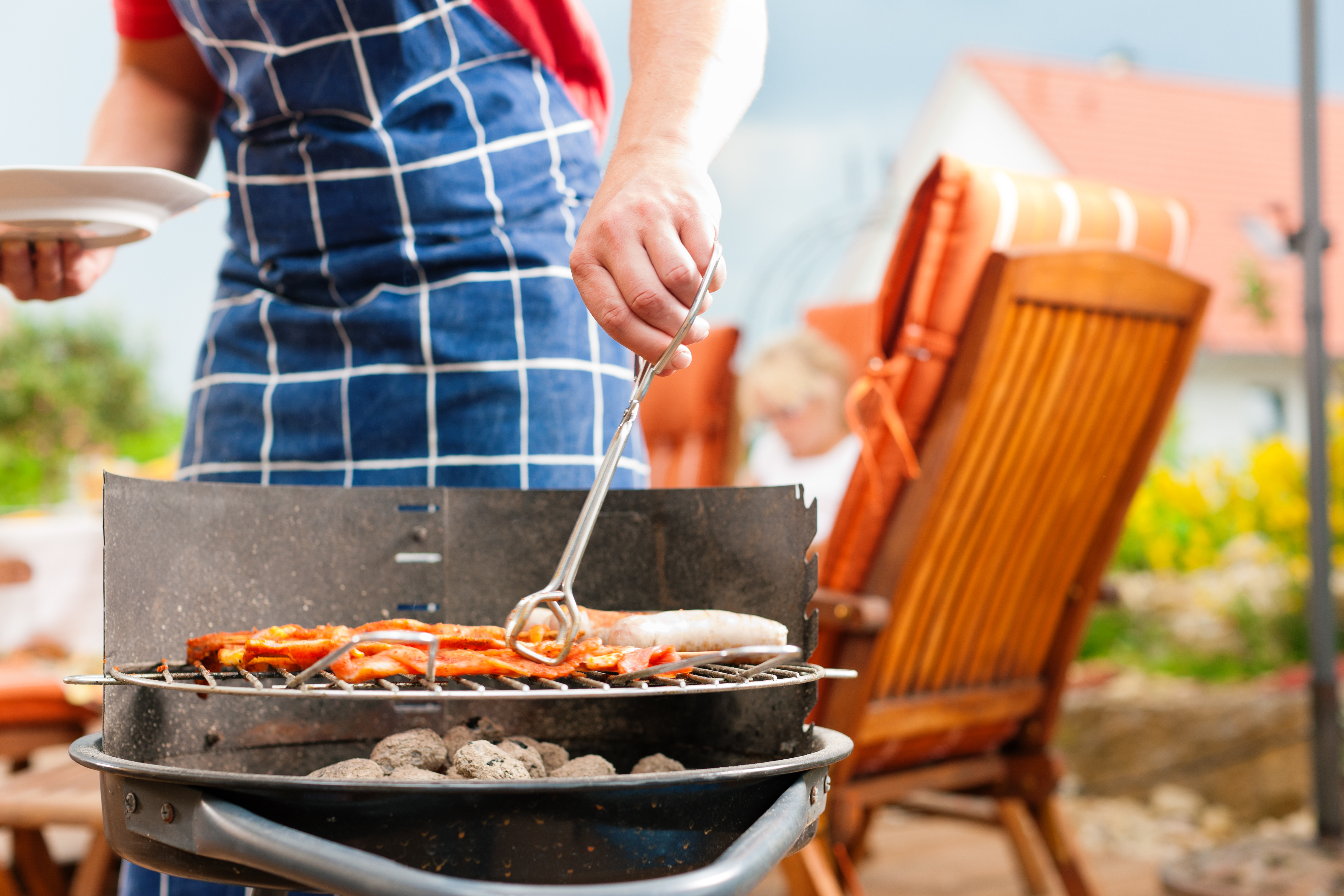how to buy a grill for your summer rental home on cape cod
